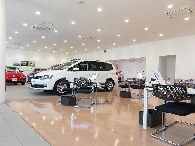 Volkswagen福生 認定中古車センター(6枚目)