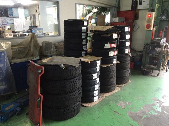 ローコストでタイヤ保管も承ります。タイヤも王手メーカーなら全て取り扱いしております。