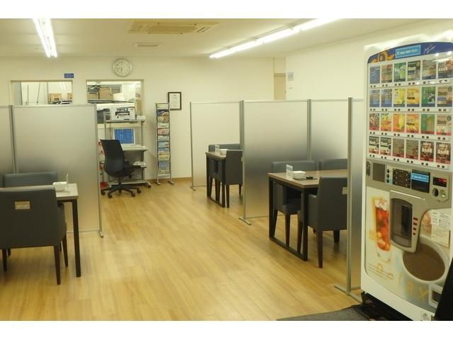 トヨタモビリティ東京(株)U-Car西東京店(3枚目)