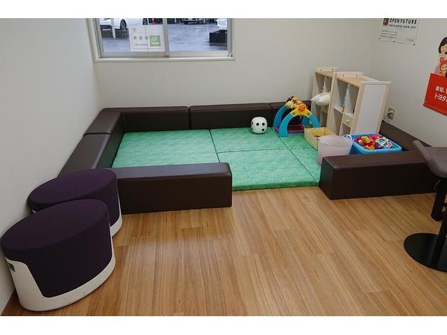 トヨタモビリティ東京(株)U-Car西東京店(4枚目)