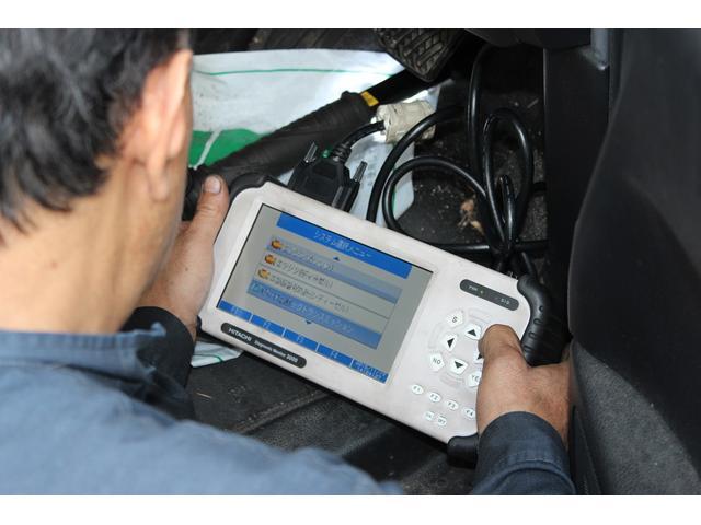 コンピューター診断機も完備しているので、どんな車種にも対応します!