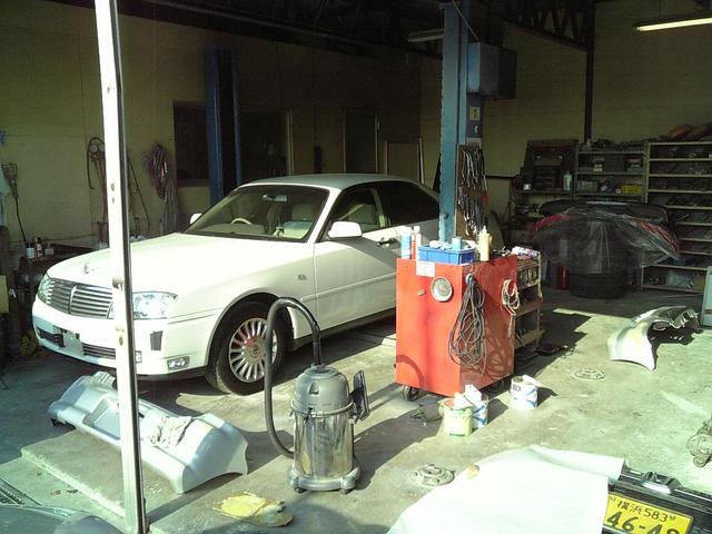 提携工場完備で修理、板金など様々なニーズにお応えします。