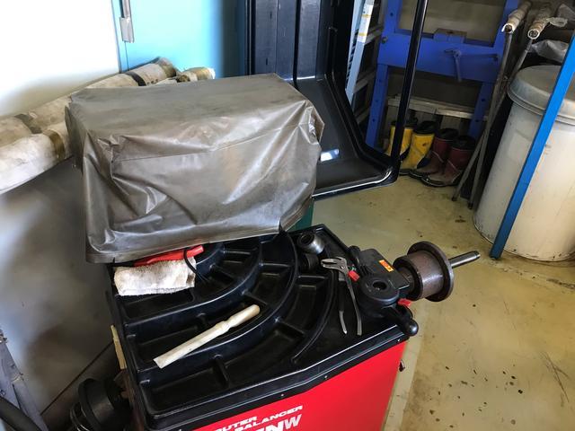 Honda Cars東葛 U-Select我孫子 ホイールバランサー完備 タイヤ交換もお任せ下さい!