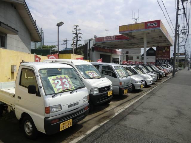 お求め安い価格で高品質な車を幅広く取り扱っております!ケーズデンキ流山店さんのななめ前にあります!