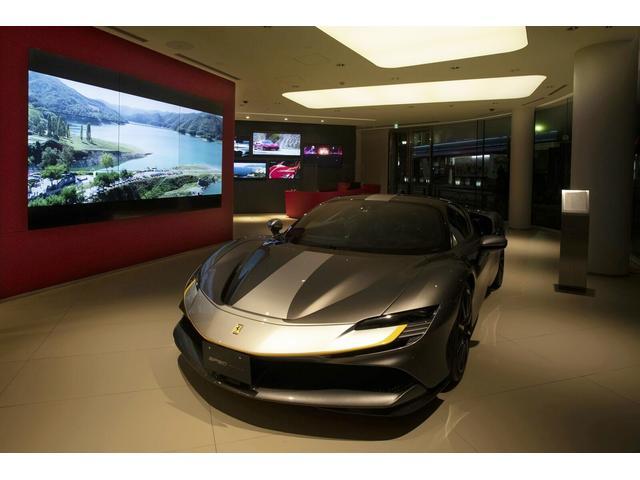 1階には2005年モデルのレプリカを展示しております。