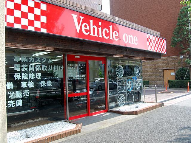 自動車販売はもちろん、カスタムパーツの販売、取り付けも行っております。