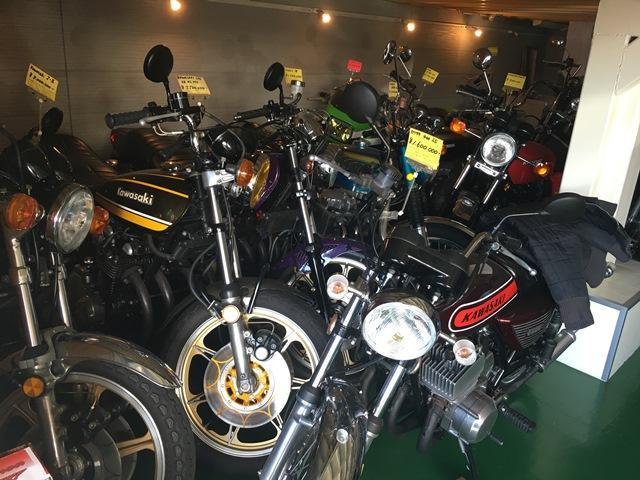 ノスタルジックカー、バイクを専門に取り扱っております。