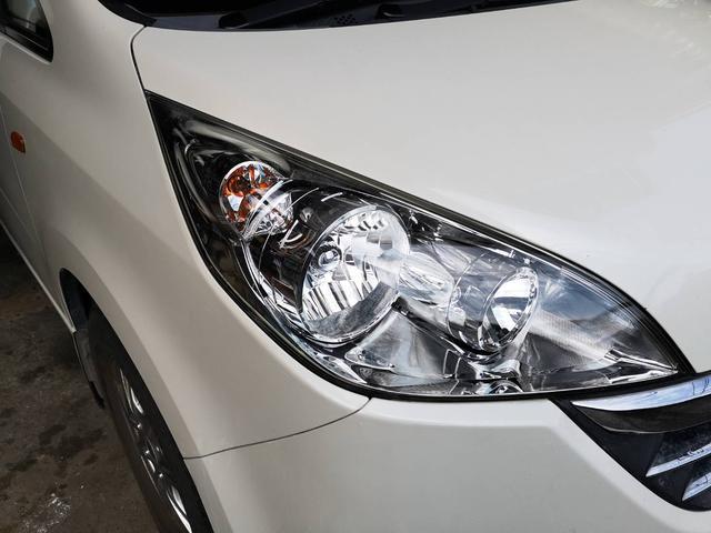 ヘッドライト・スチーマー施工行えます。新車時の透明感がよみがえります!