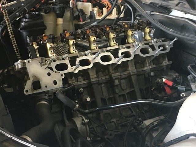 シリンダーヘッド交換・修理など重整備もお任せ下さい。