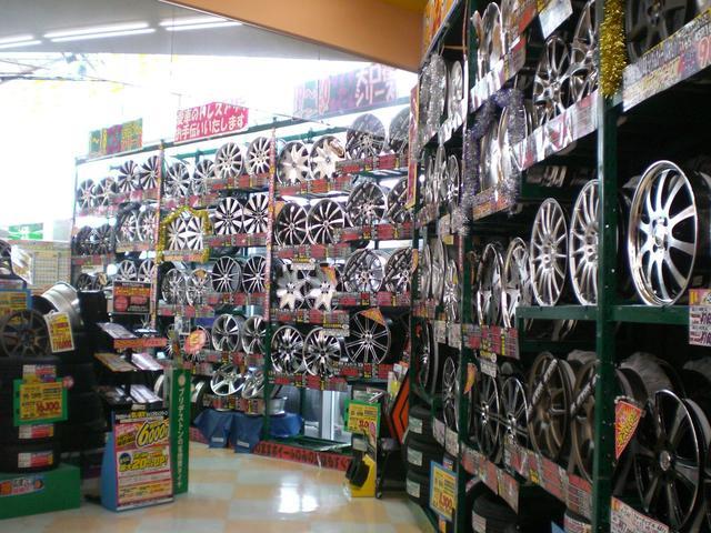 オートバックス藤枝店 (2枚目)