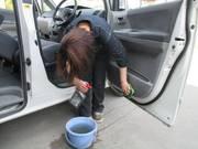 お車をきれいにします。