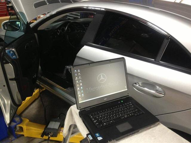 輸入車にも対応したコンピューター診断機も完備しております。