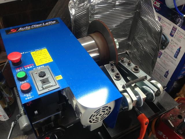様々な用途に適した専用機材を完備しております。