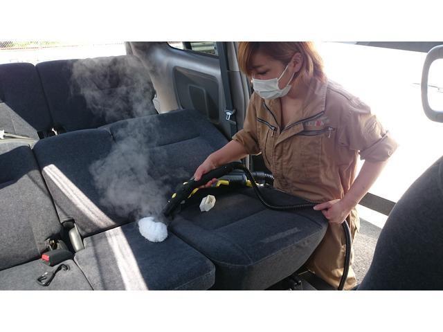 ボディーケア・コーティングは勿論、専用機材を使用した室内洗浄もお任せ下さい!!
