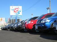 常時150台の展示車両の中からお客様のニーズに沿ったお車をご案内いたします。