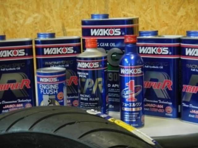 車検整備・オイル交換・各種部品取り付けも承ります。