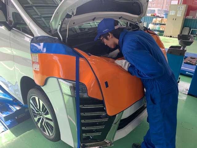 車買取専門店の査定ノウハウで、合格した商品だけを販売。更に第3者検査機関を通じた商品車の検査も実施。