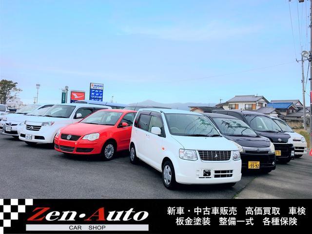 もちろん軽以外の自動車も店舗にございます!!SUVから高級車まで扱ってます!!