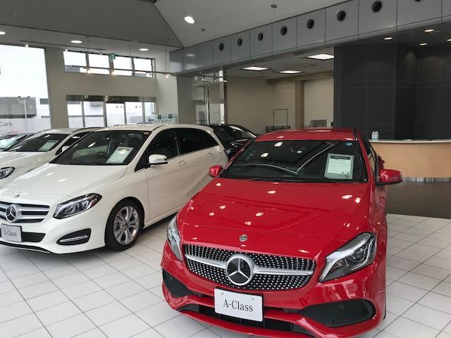 新車やサーティファイドカーを多数展示しておりますのでお気軽にお立寄り下さいませ。