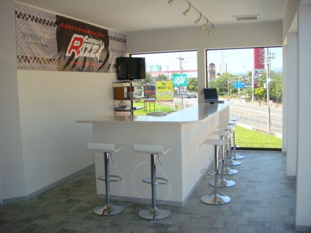CAR FIELD RIZE 株式会社カーフィールドライズ ドレスアップカー専門店(4枚目)