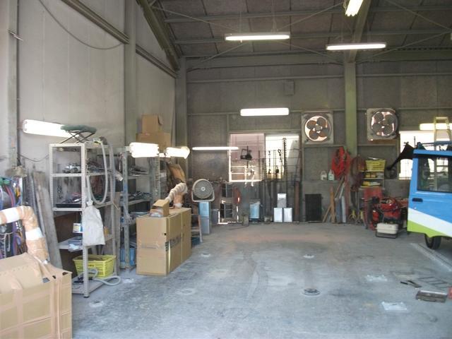 本業は鈑金塗装になりますのでご購入後キズヘコミの修理はお任せください!直営工場にて格安で直せます!