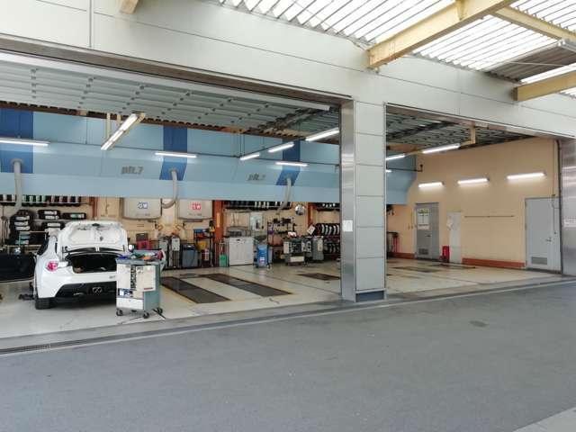 トヨタカローラ和歌山(株)シーズ北島店U-Car(4枚目)