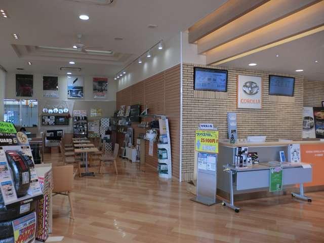 トヨタカローラ和歌山(株)シーズ岩出店U-Car(4枚目)