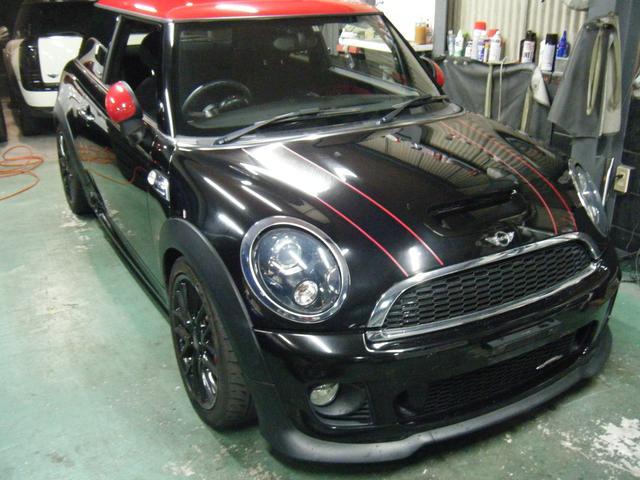 最寄の駅は阪神尼崎センタープールになります。徒歩で10〜15分ぐらいです。