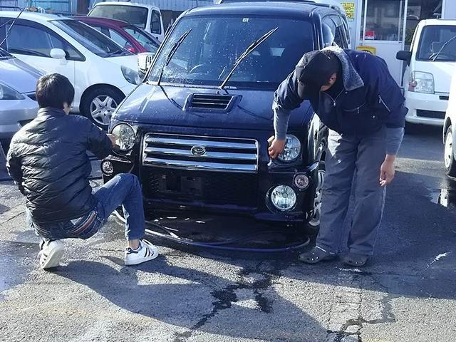 洗車も毎日しております!常に車を綺麗にしております!!