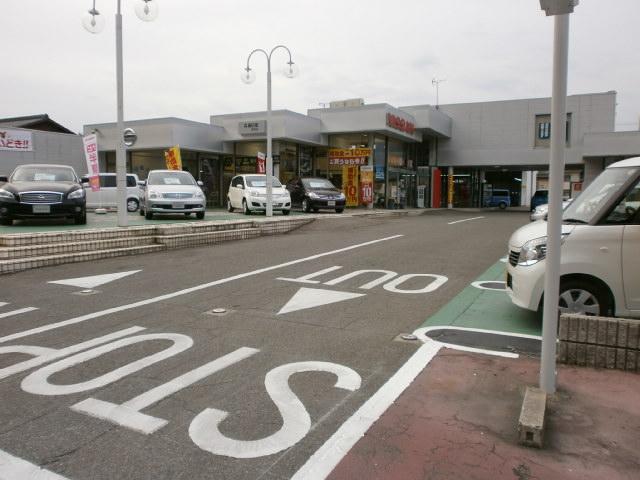 兵庫日産自動車株式会社 カーパレス田寺店(2枚目)