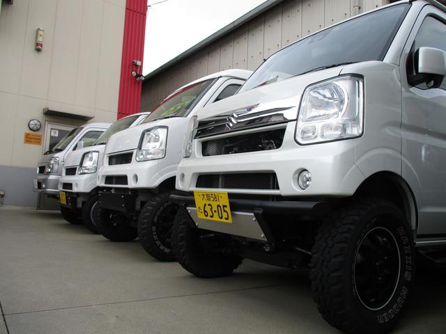 展示スペースには常時カスタムされたコンプリートカーを多数展示!試乗車もご用意しております!