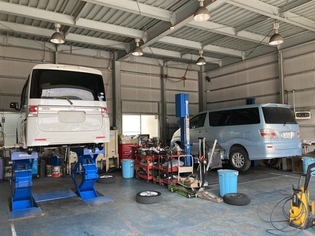 車検・修理・板金塗装・オイル交換・パンク等でのご相談も承ります。自社工場完備でアフターも万全。