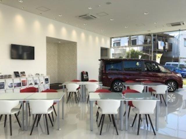 Honda Cars 大阪 外環六万寺店(5枚目)