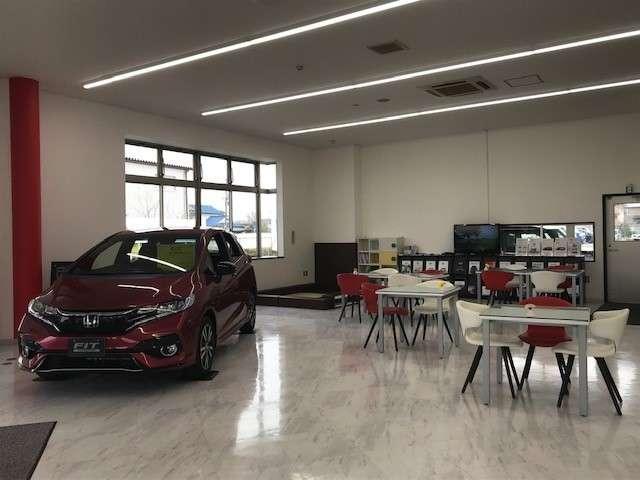 Honda Cars 大阪 中環堺店(2枚目)