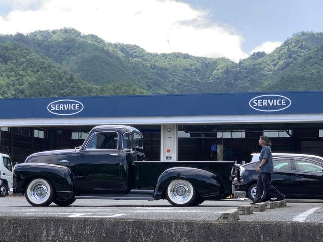 自社整備工場を完備しております。納車前の整備はもちろん、納車後のアフターメンテナンスもお任せ下さい!