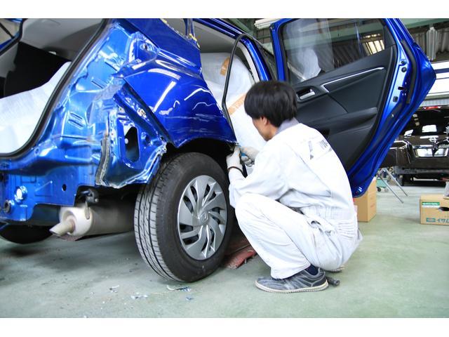 いわば、『職人』です。曲がったことが嫌いなんです。だから、車の修理にはうってつけなんです。