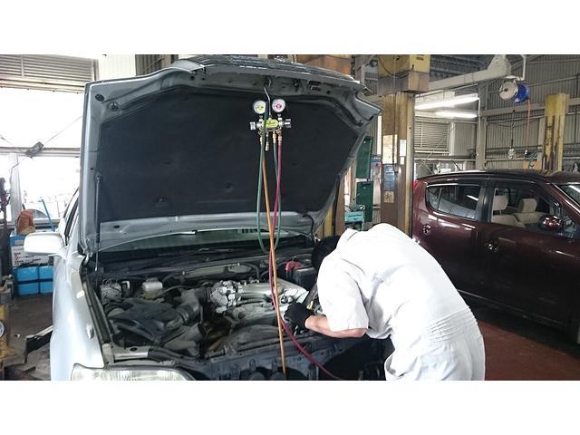 数多くのお車をご入庫いただくことで、利益率を下げた修理料金でのご提案が可能になりました。