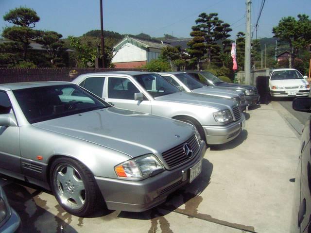 メルセデス・ベンツだけではありません。輸入車問わず、国産車も取り揃えております。