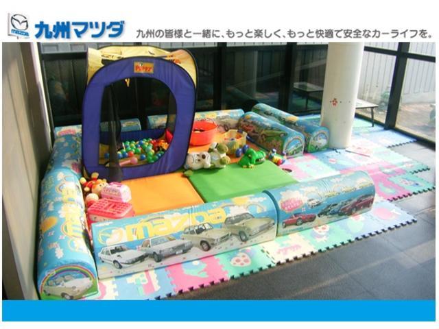 小さなお子様連れでも安心!KIDSの遊び場もご用意。人気のワゴン車も、多数ご用意しています。