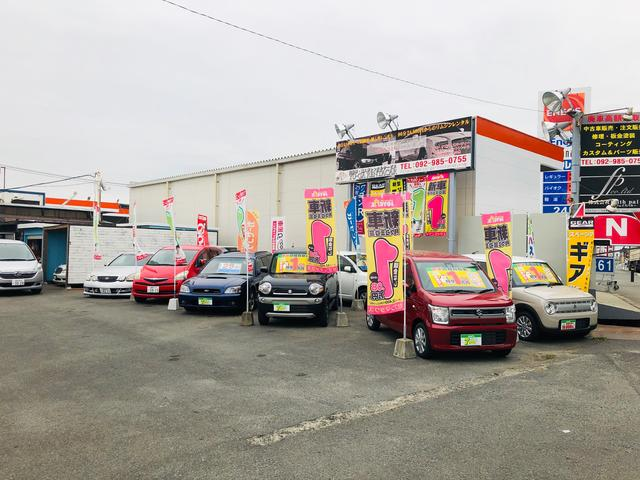 輸入車、普通車、軽自動車と様々なお客様の要望に応えるラインナップです。