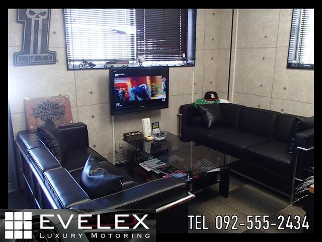 株式会社EVELEX エベレックス(3枚目)