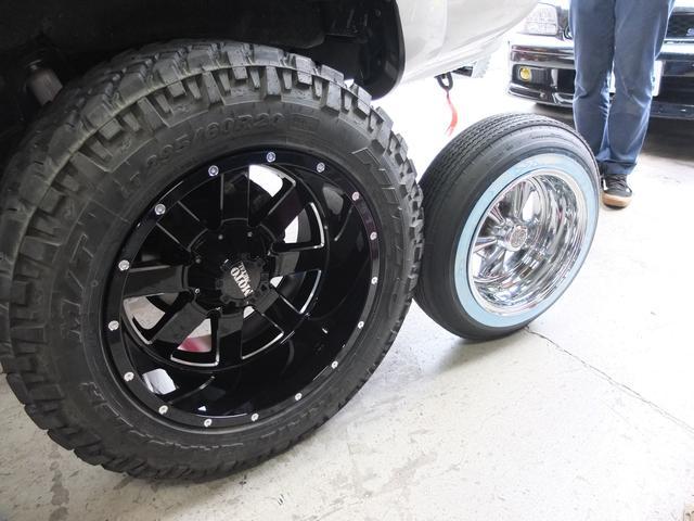 パーツ持ち込みもOK!ホイール、タイヤ交換からリフトアップ、エアサス等の公認構造変更車検まで!