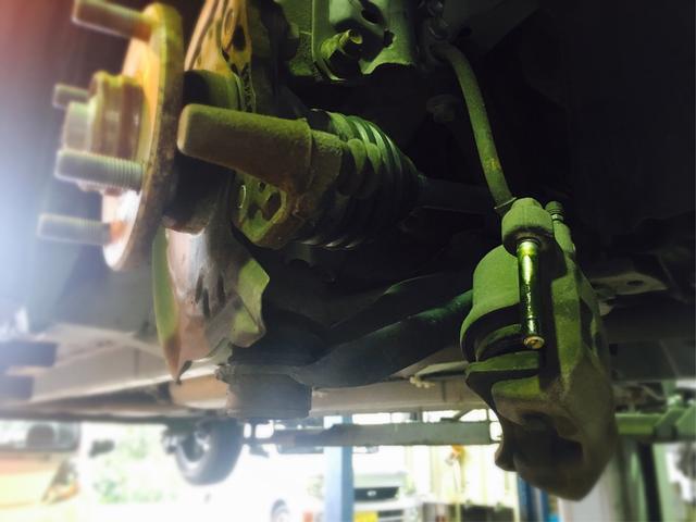 ブレーキの分解整備、修理もお任せ下さい。