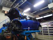 国産はもちろん、輸入車の重整備もやっております。