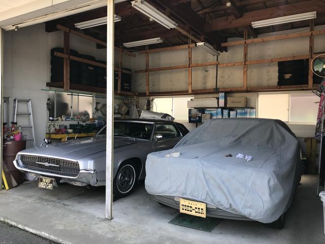 社長こだわりのレトロな稀少車コレクションは車庫内にて保管♪他にも多数展示&出品しています!