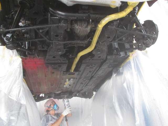 雪国特有の下回りの防錆塗装を施工しております!