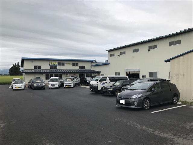 自社認証工場完備!米沢での車検や修理、パーツ取り付け、板金塗装はもちろん、車の乗り換えもお任せ下さい