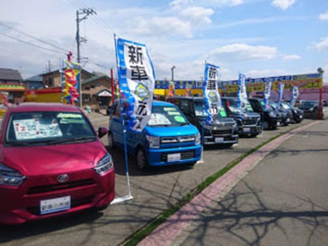 【新車市場 カーベル秋田泉店】人気の軽自動車の新車を展示しております!まずは見て触れてみてください!