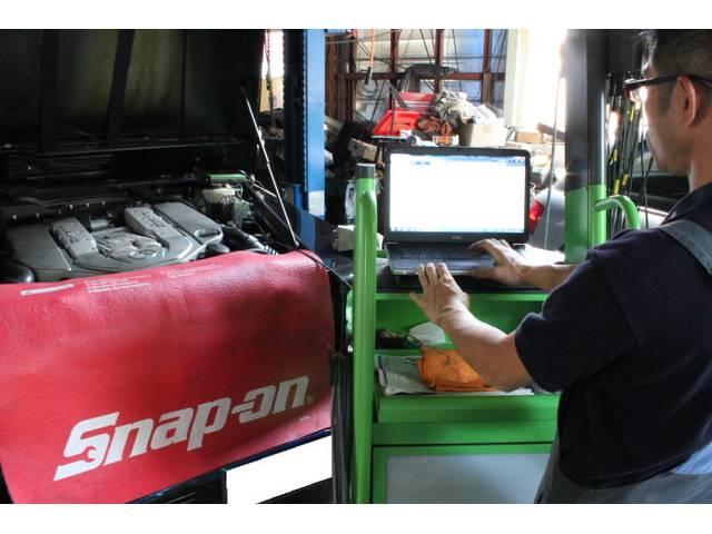 輸入車メーカーに対応のコンピューター診断機も完備!
