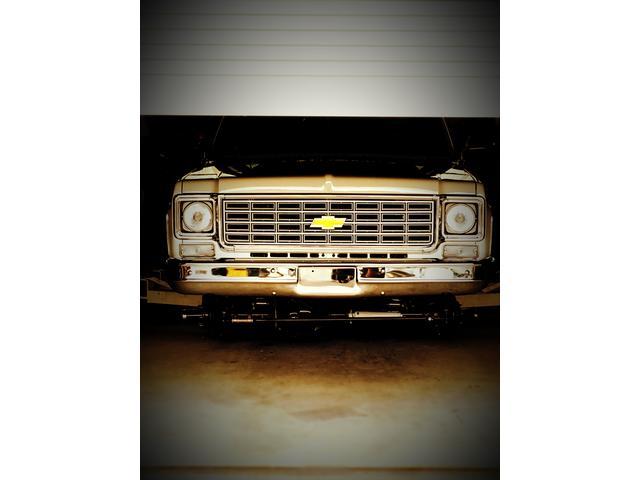 アメ車の販売買取修理鈑金塗装何でもやってます。元祖95プラドオリジナルカスタムのカーショップ